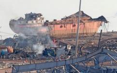 سفينة في مرفأ بيروت بعد الانفجار