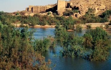 """يعود تاريخ سد مأرب إلى القرن الثامن قبل الميلاد وأعيد بناؤه عام 1986 بتنفيذ شركة """"دغوش"""" التركية"""