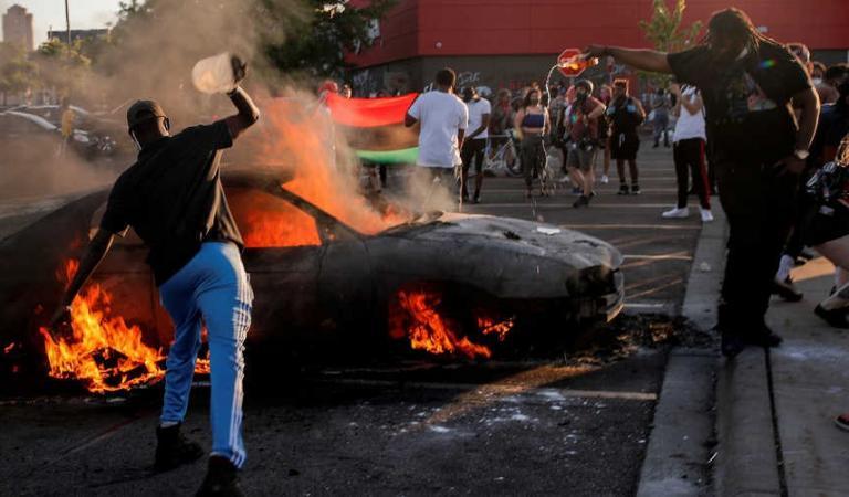  احتجاجا على مقتل جورج فلويد.. رقعة المظاهرات تتسع بأمريكا