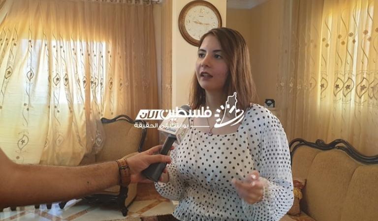 إيمان أبو حصيرة الأولى على مستوى فلسطين في الفرع الأدبي 99.6