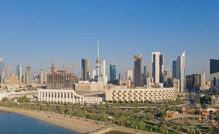 الكويت.. مصادر أمنية تكشف واقعة احتفاظ أم بجثة ابنتها 5 سنوات في المنزل