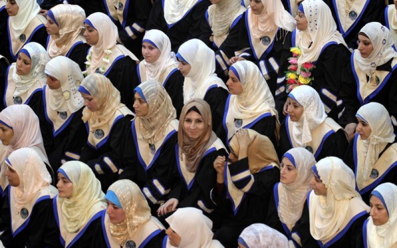 استمرار احتفالات تخريج طلبة الجامعة الإسلامية