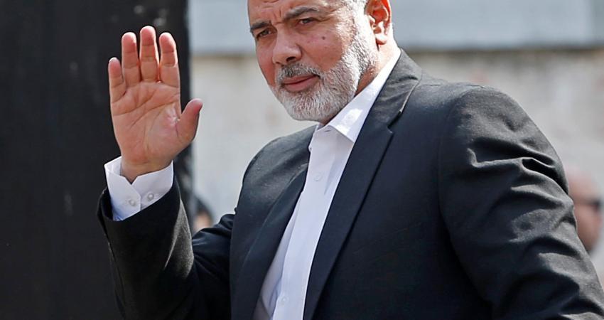 هنية يصل ماليزيا على رأس وفد من قيادة حماس