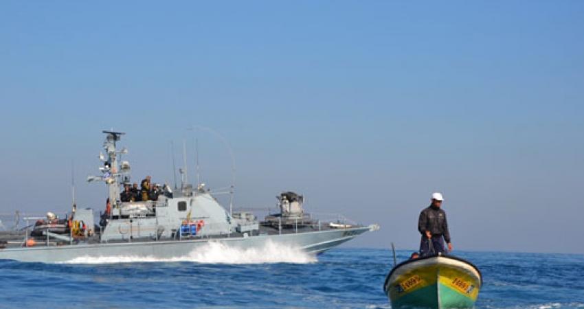 الاحتلال يفرج عن 3 مراكب صيد احتجزها سنتين