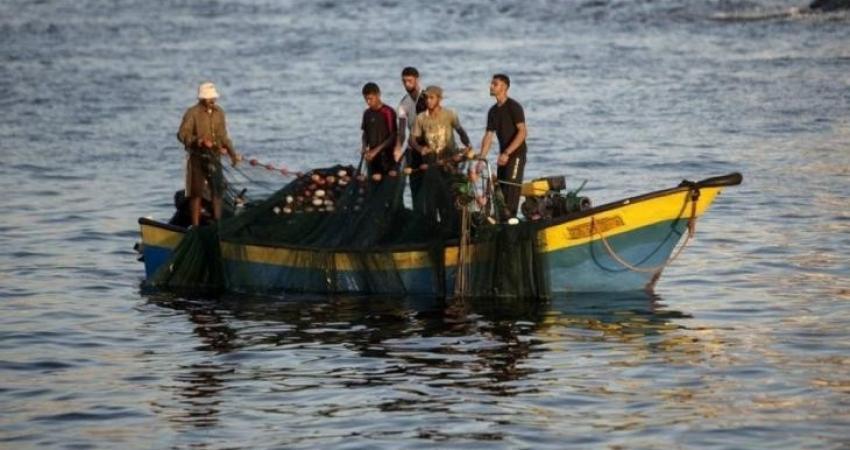 نقابة الصيادين تقرر إغلاق بحر قطاع غزة بشكل كامل