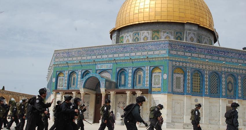 """""""القدس الدولية"""" تحذر من خطورة إجراءات الاحتلال في الأقصى"""