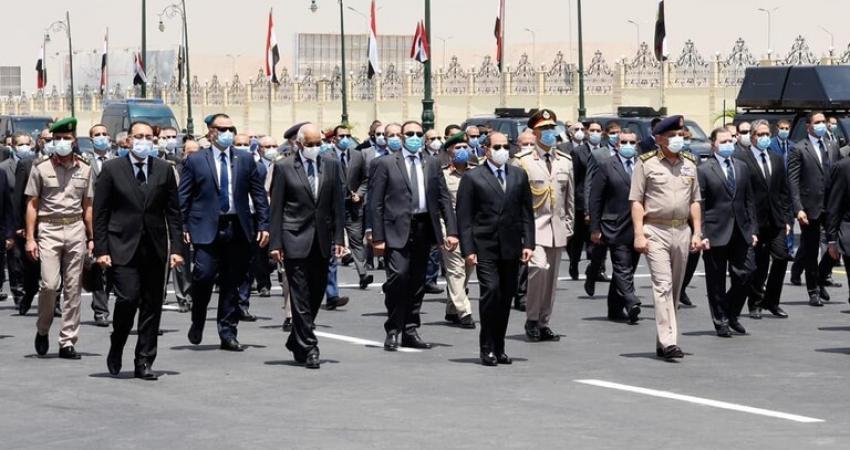 السيسي في جنازة الفريق محمد العصار