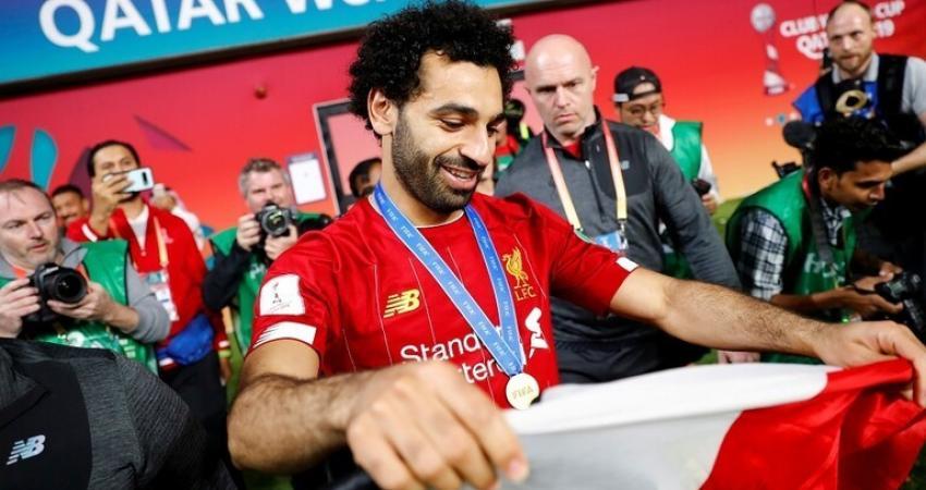 محمد صلاح لاعب نادي ليفربول