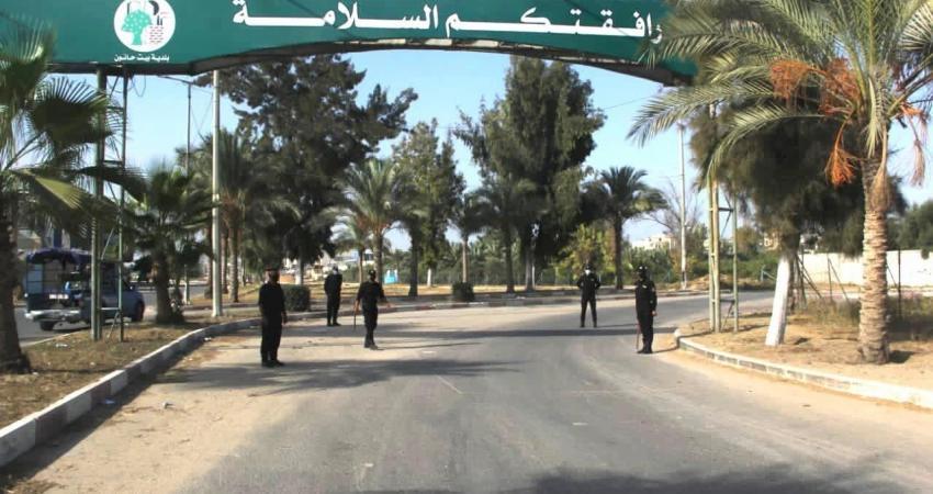 """""""مباحث كورونا"""" بغزة تُغلق 55 محلاً ومنشأة مخالفة"""