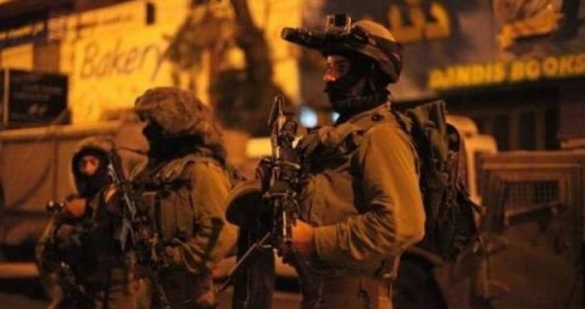 الاحتلال يشن حملة اعتقالات في مدن الضفة والقدس