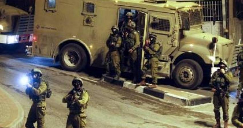 إصابات واعتقالات خلال اقتحامات برام الله