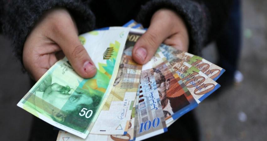 نقابة موظفي غزة: تلقينا وعودًا بصرف دفعة مالية للموظفين قبيل عيد الفطر