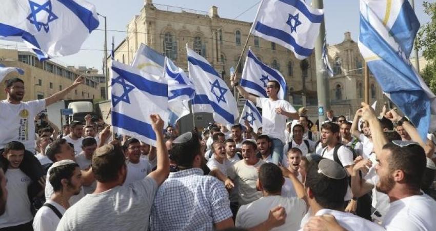 """حماس تعقب على """"مسيرة الأعلام"""" المنوي تنفيذها غدا"""