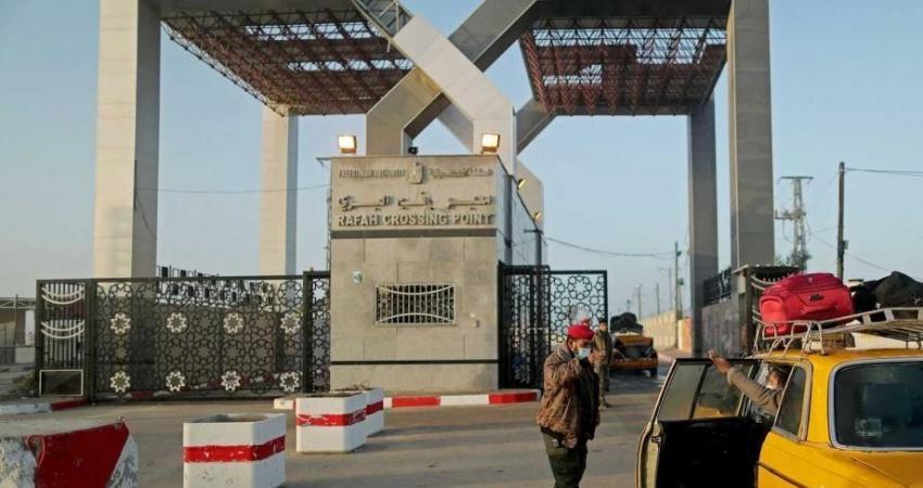 بالأسماء: كشف التنسيقات المصرية للسفر عبر معبر رفح يوم غد الأحد