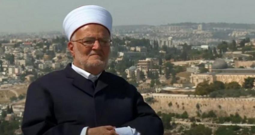عكرمة صبري: على الأعداء أن يدركوا مدى حبنا لنبينا محمد