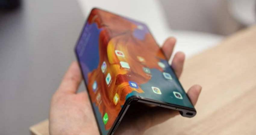 huawei-mate-x-hands-on-mwc-2019-37-850x491_449769_highres