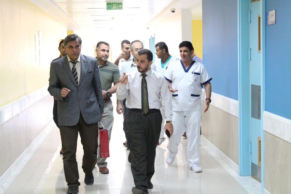 مستشفى حمد بغزة والجامعة الإسلامية يبحثان التعاون المشترك