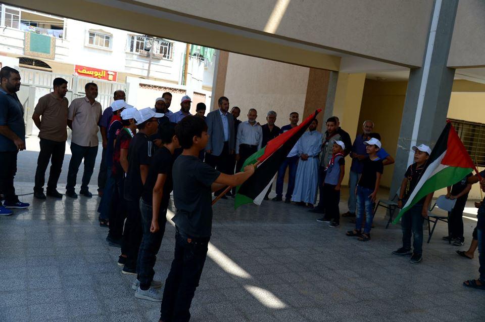 """حماس تتفقد المخيمات الصيفية """" راجع عبلادي """" في جباليا"""