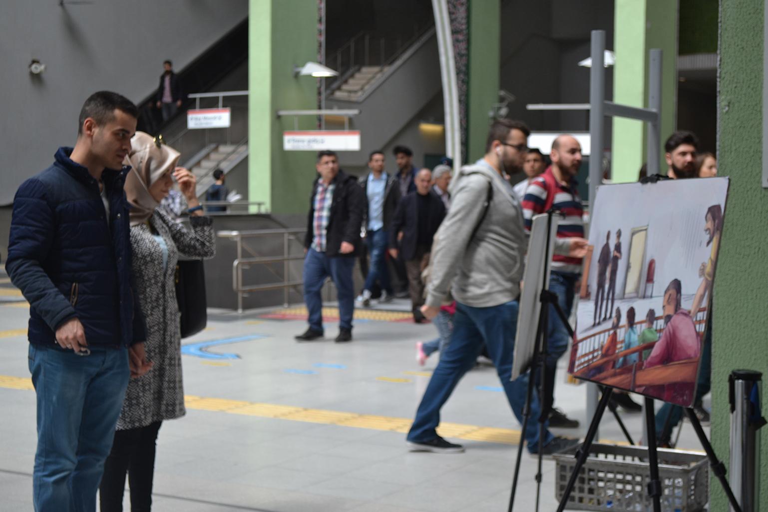 """تركيا: معرض """"حكايا خلف القضبان"""" إحياءً ليوم الأسير الفلسطيني"""
