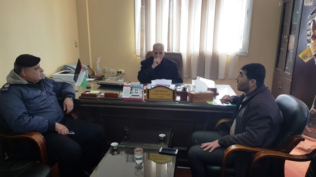 مدير التربية والتعليم في شمال غزة يلتقي وفداً من شرطة بيت لاهيا