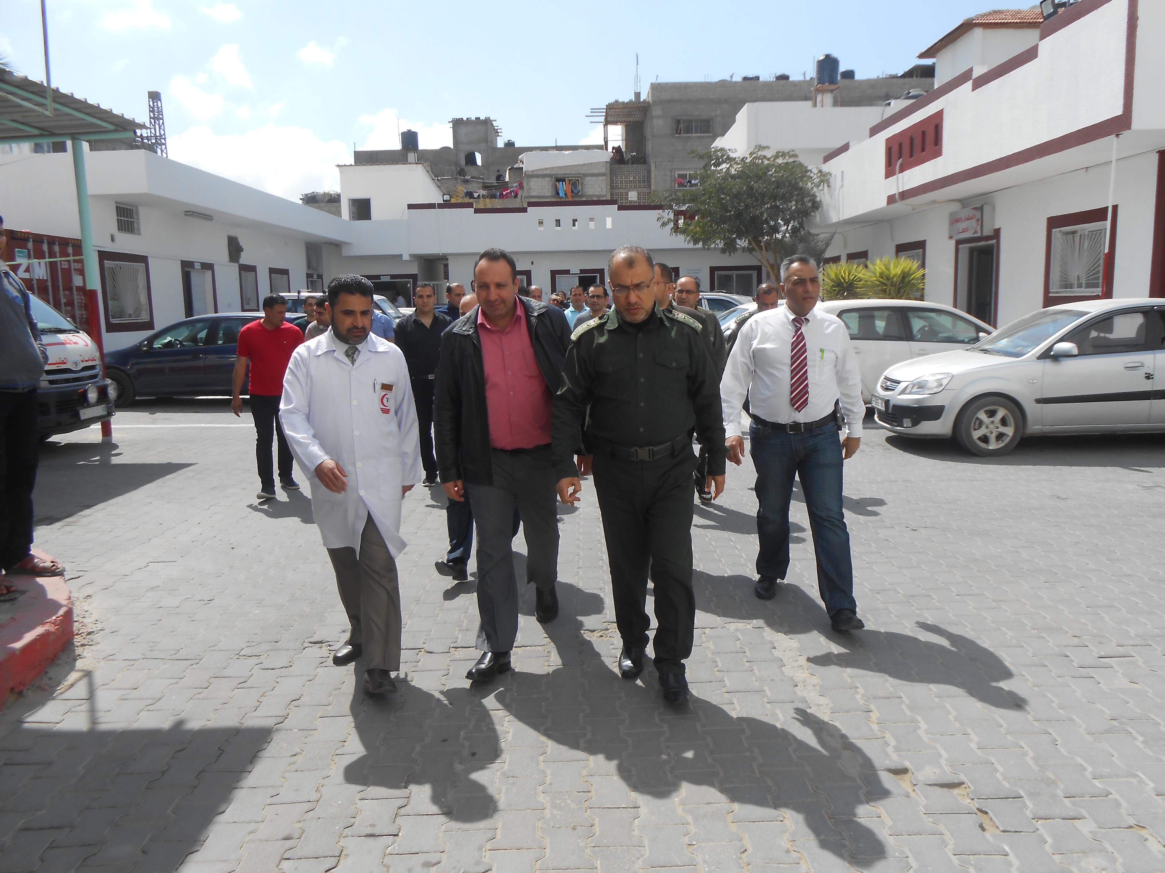 المستشفى الميداني الأردني يزور مجمع عدوان الطبي