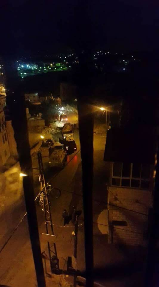 اعتقال ثلاثة مواطنين وإغلاق ورشة بالضفة