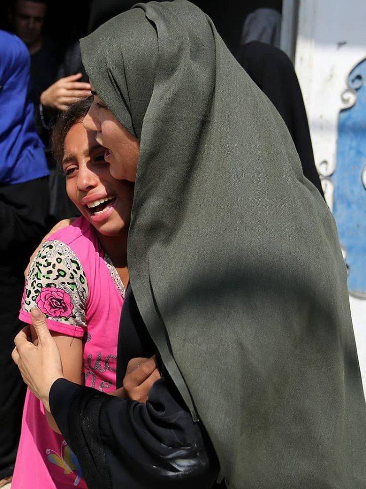 جماهير غزة تشيع جثامين 7 شهداء ارتقوا أمس