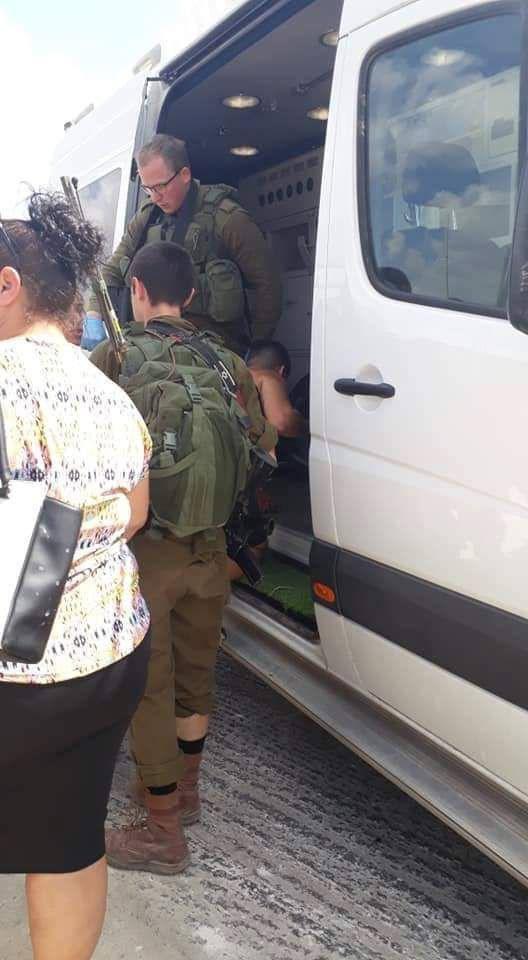 إصابة ثلاثة مستوطنين بعملية طعن شرق قلقيلية