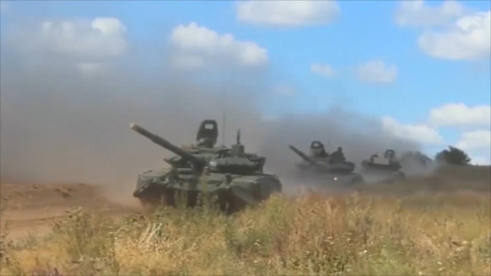 روسيا تستعرض قوتها بأكبر مناورات منذ الحرب الباردة