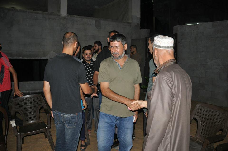 حماس تزور عائلة القائد الشهيد أبو سويرح في ذكراه الـ14 بالزوايدة
