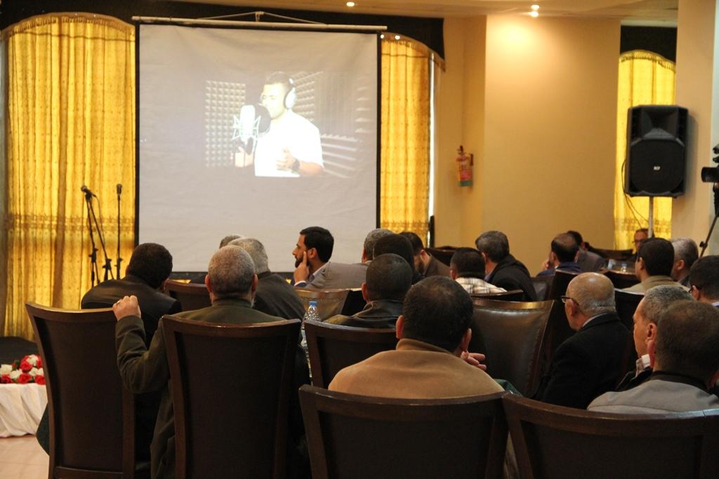حماس تكرم الصحفيين الحاصلين على جوائز دولية