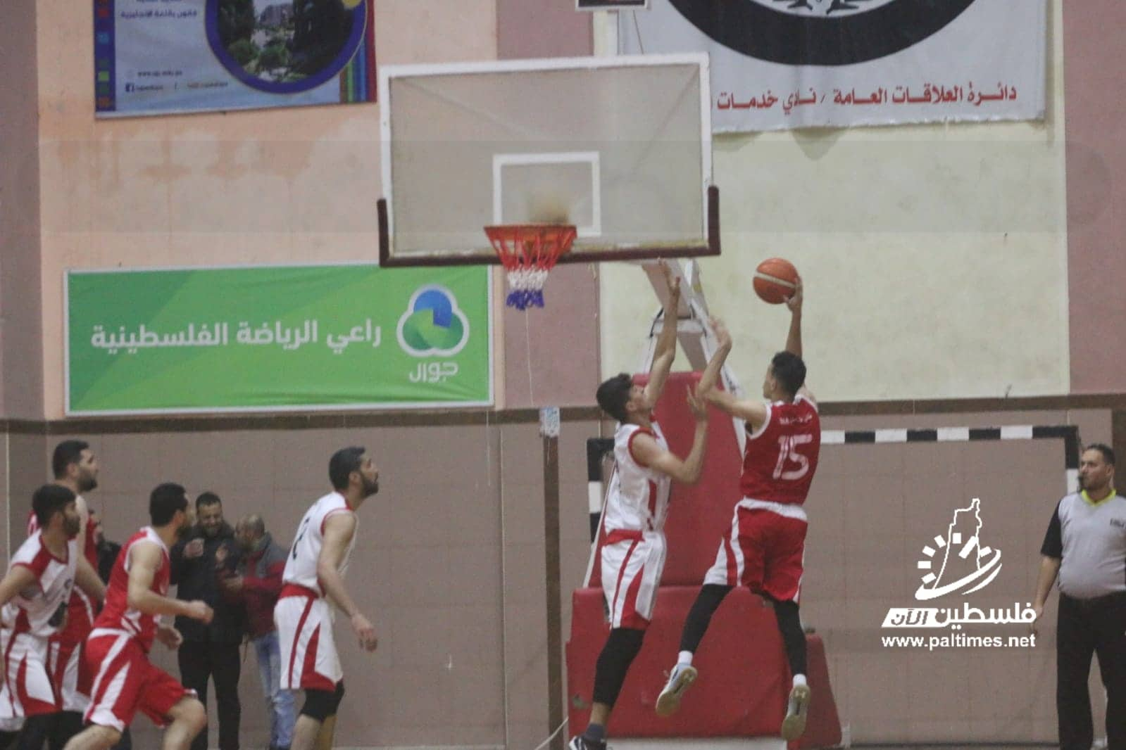 خدمات البريج يواصل انتصاراته في دوري جوال لكرة السلة