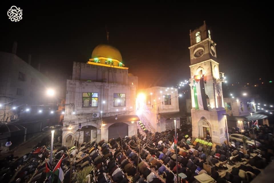 دعما لحملة الفجر العظيم .. صلاة فجر حاشدة في مساجد فلسطين