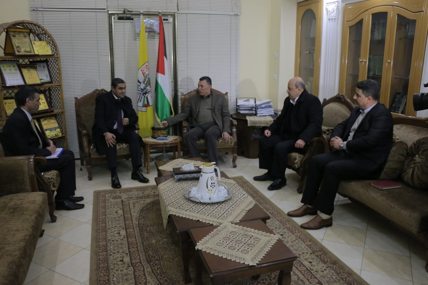 الوفد الأمني المصري يلتقي بمسؤول حركة فتح في غزة