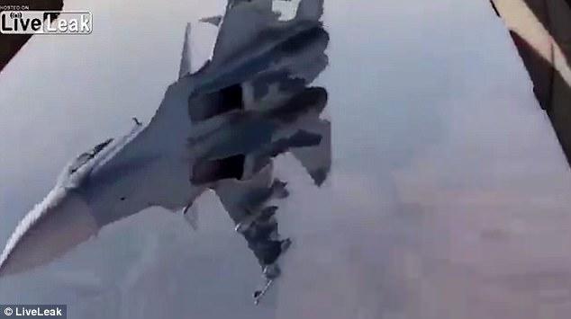 جنون تحليق الطائرات الروسية