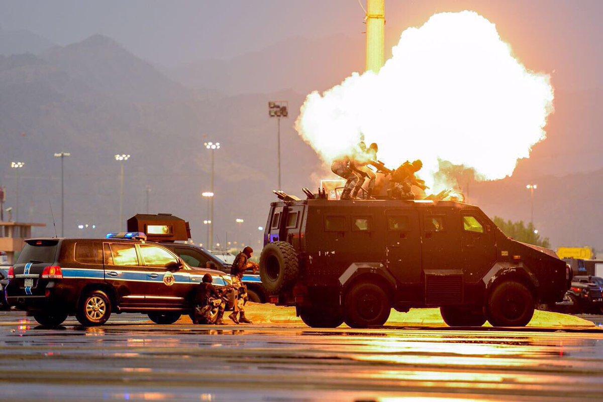 عرض عسكري لقوات أمن الحج في مكة المكرمة