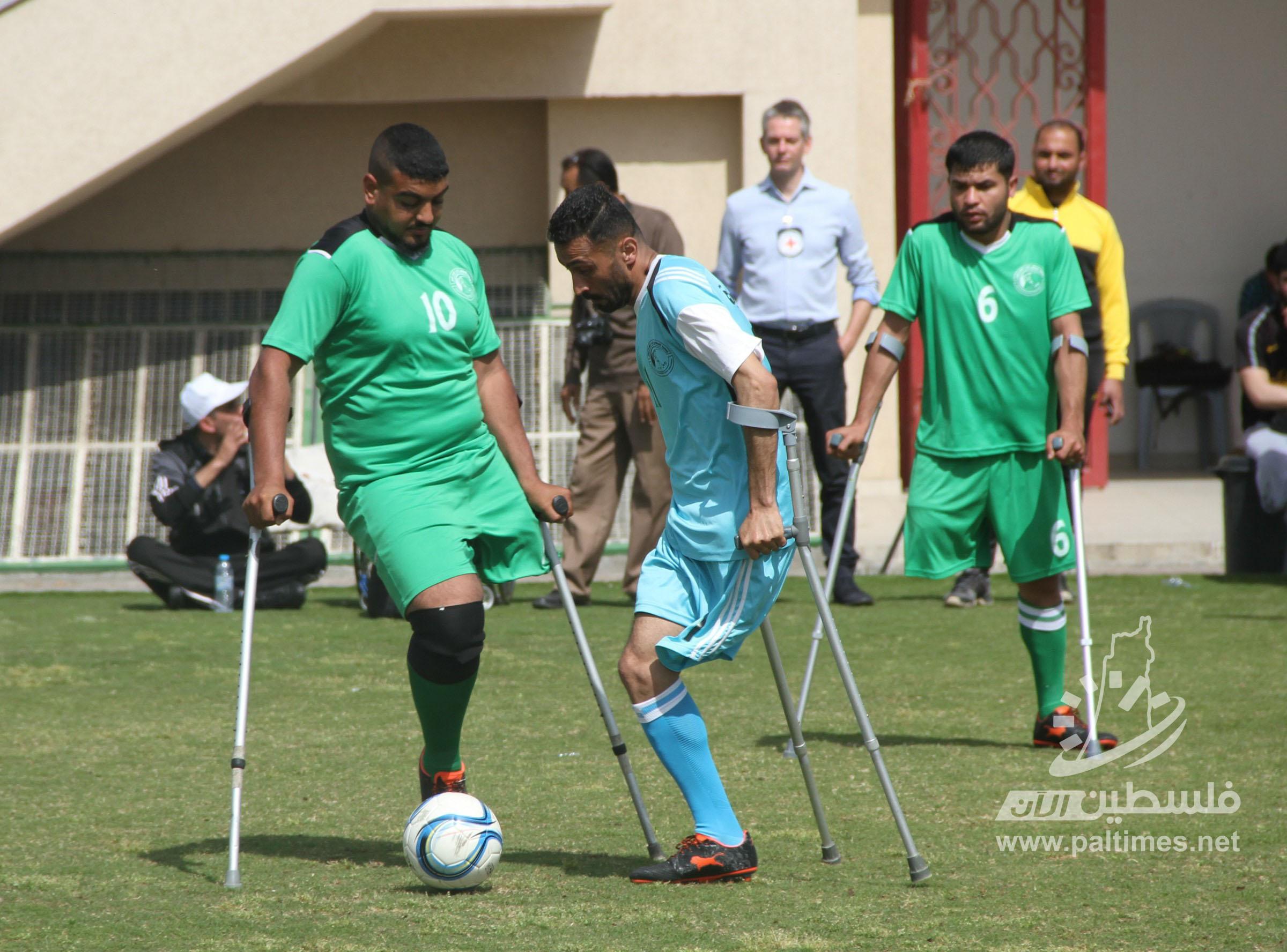 انطلاق دوري كرة القدم لمبتوري الأقدام