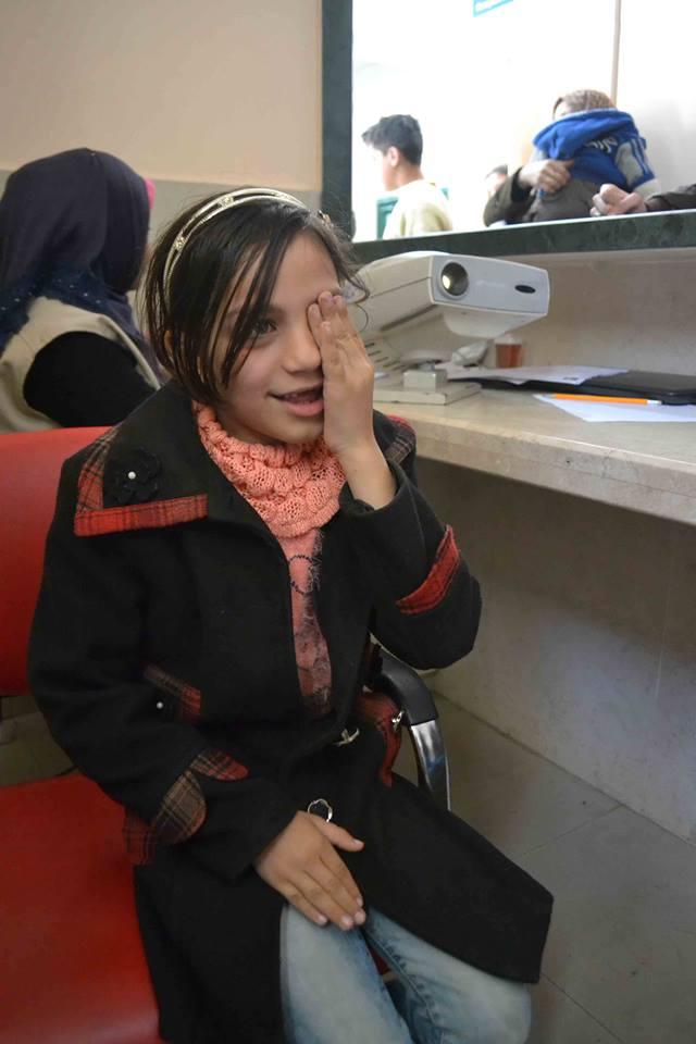 """""""الخدمة العامة"""" تبدأ الفحص الطبي الشامل للأسر الفقيرة غرب غزة"""