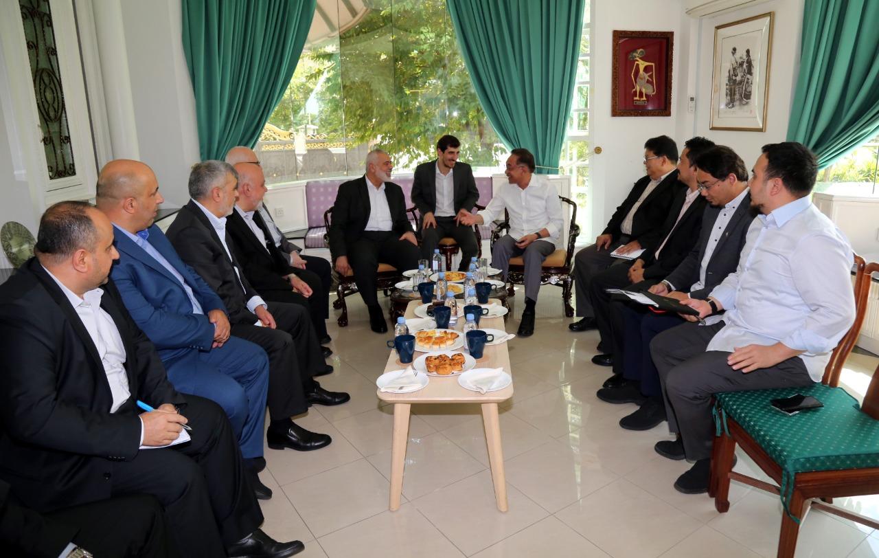 هنية يلتقي وزير شؤون العاصمة ورئيس حزب العدالة الماليزيين