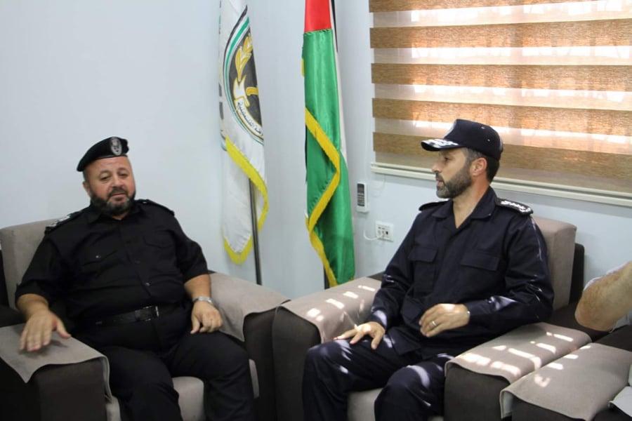 صلاح يتسلم قيادة جهاز الشرطة في قطاع غزة