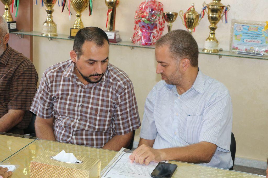 تعليم الوسطى تبحث التعاون المشترك مع بلدية دير البلح