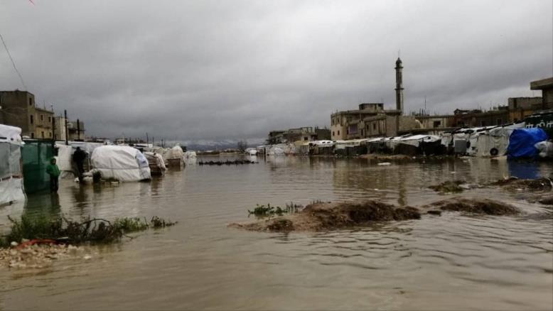 شتاء لبنان.. موسم سنوي لمعاناة اللاجئين السوريين