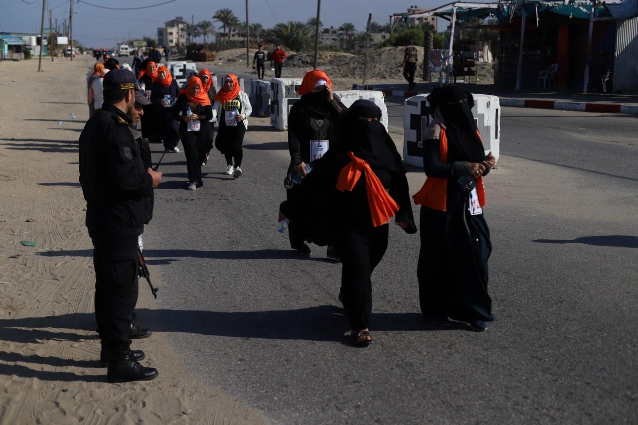 ماراثون لمناهضة العنف ضد النساء في غزة