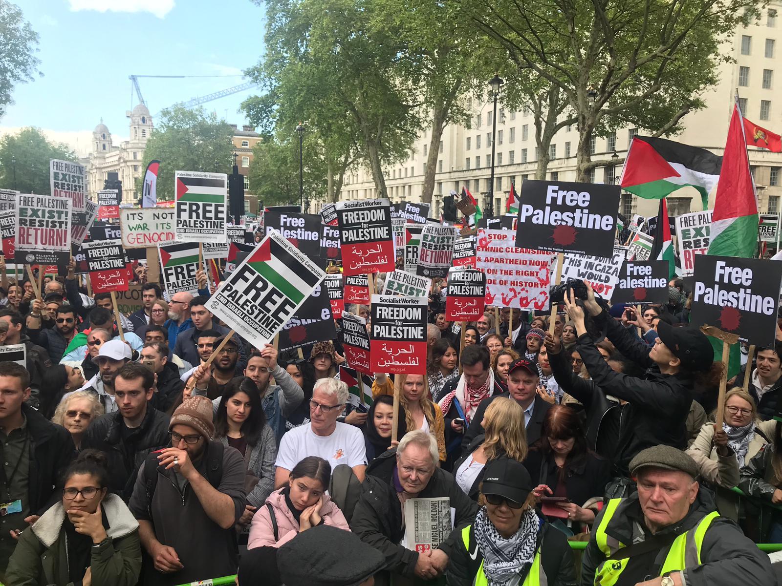 تظاهرة حاشدة في لندن دعماً لحق العودة ورفضاً لصفقة القرن