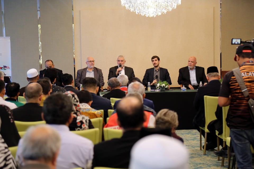 هنية يلتقي مسؤولي أحزاب وممثلين عن مؤسسات المجتمع المدني بماليزيا