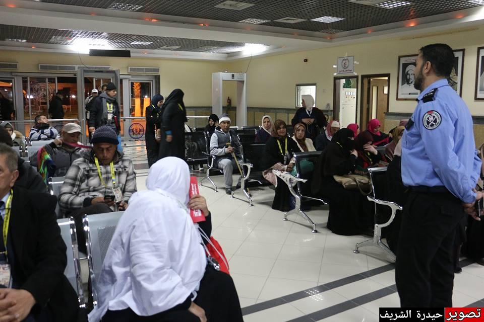 فوج المعتمرين الثالث يغادر غزة