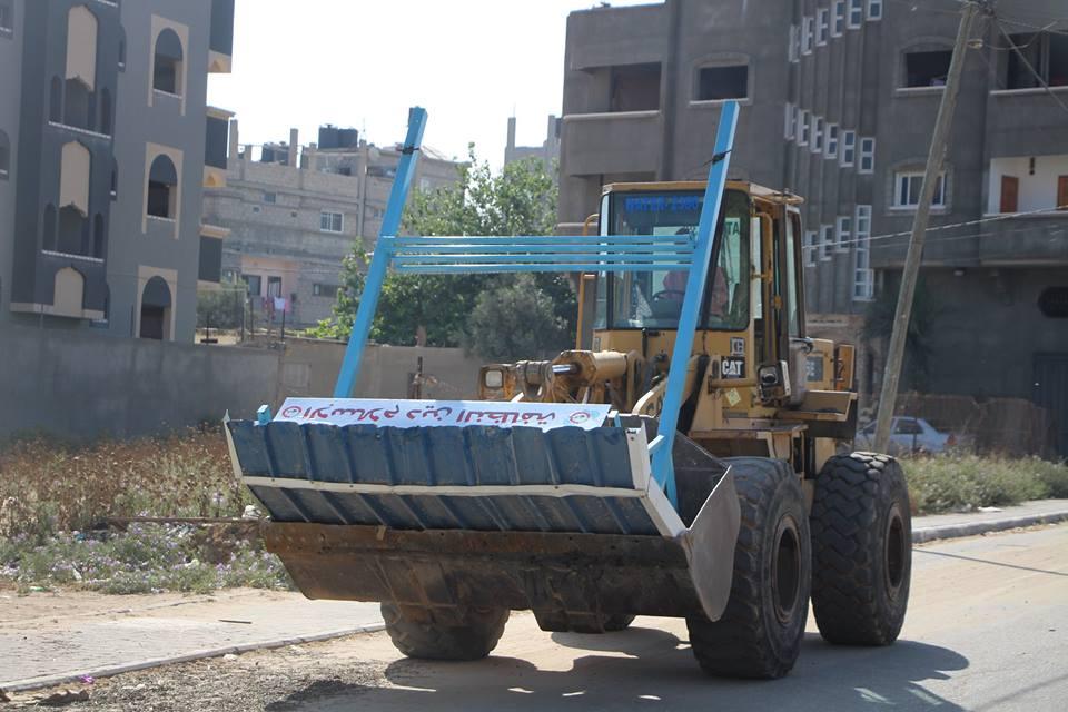 """بلدية البريج تركب  استراحات على طول شارع """"أبو عاصي"""""""